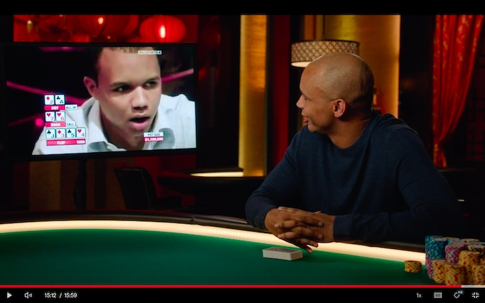 Phil Ivey analysing a hand in his MasterClass