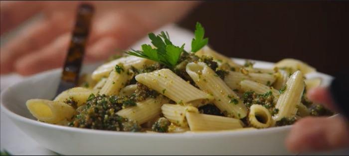 Breadcrumb pasta