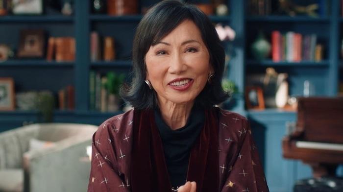 Amy Tan giving writing advice
