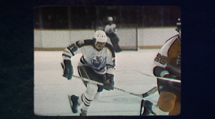 Wayne Gretzky playing Ice Hockey
