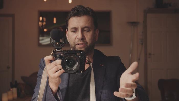 Philip Bloom teaches camera basics