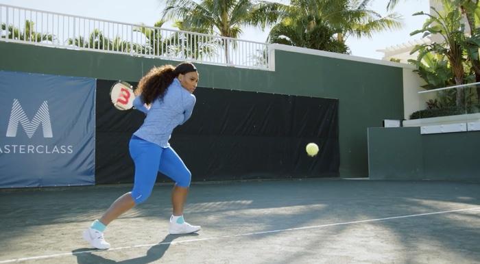 Serena Williams groundstroke